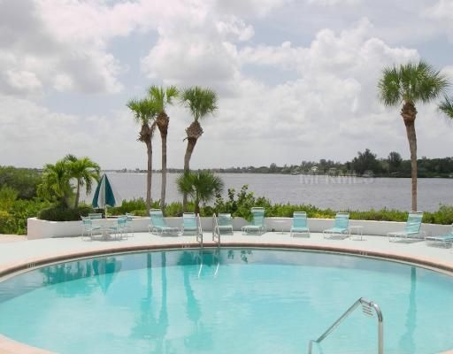 Sarasota Home, FL Real Estate Listing