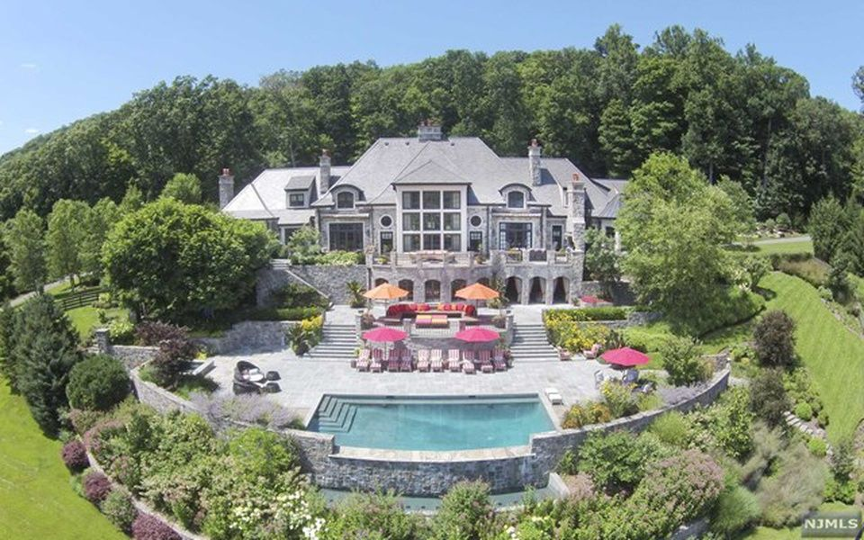 Mahwah Home, NJ Real Estate Listing