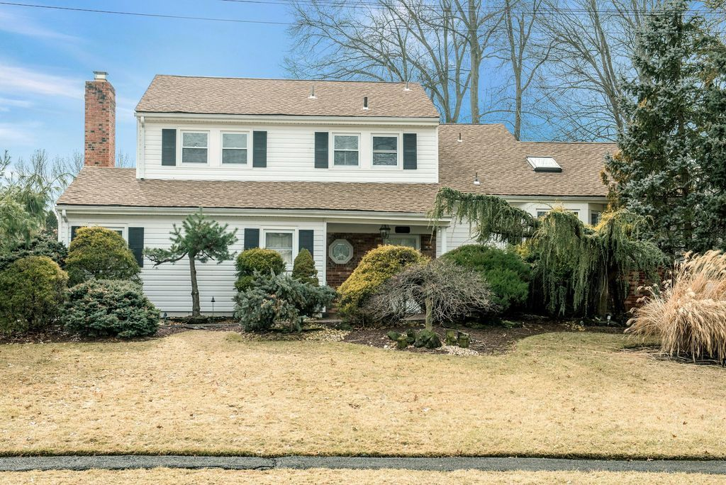 West Caldwell Home, NJ Real Estate Listing