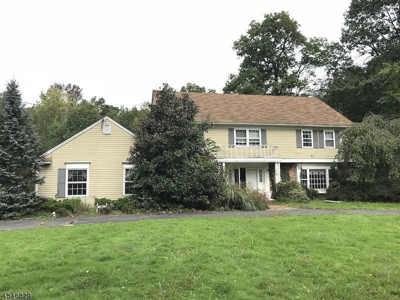 Long Hill TWP. Home, NJ Real Estate Listing