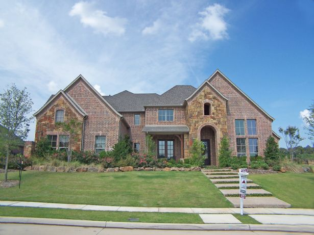 Southalke Home, TX Real Estate Listing