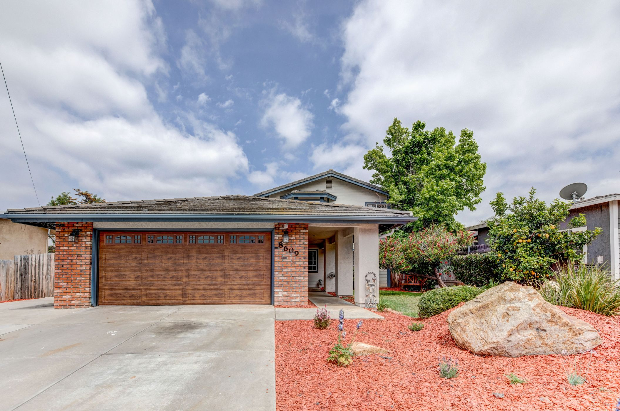 Santee Home, CA Real Estate Listing