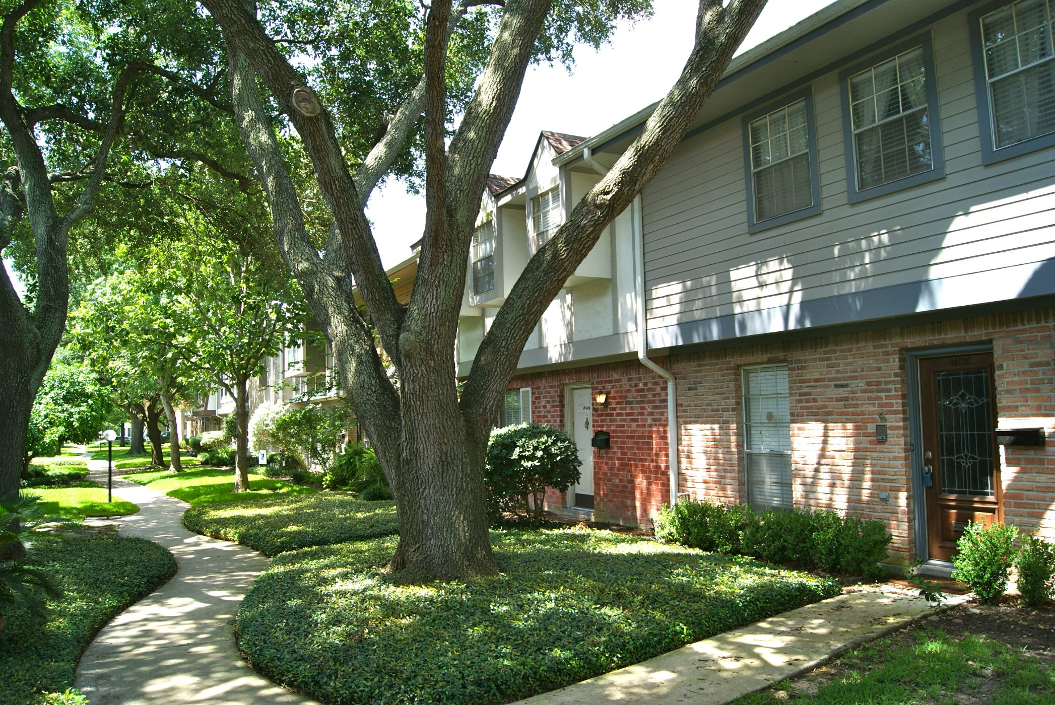 Houston Home, TX Real Estate Listing