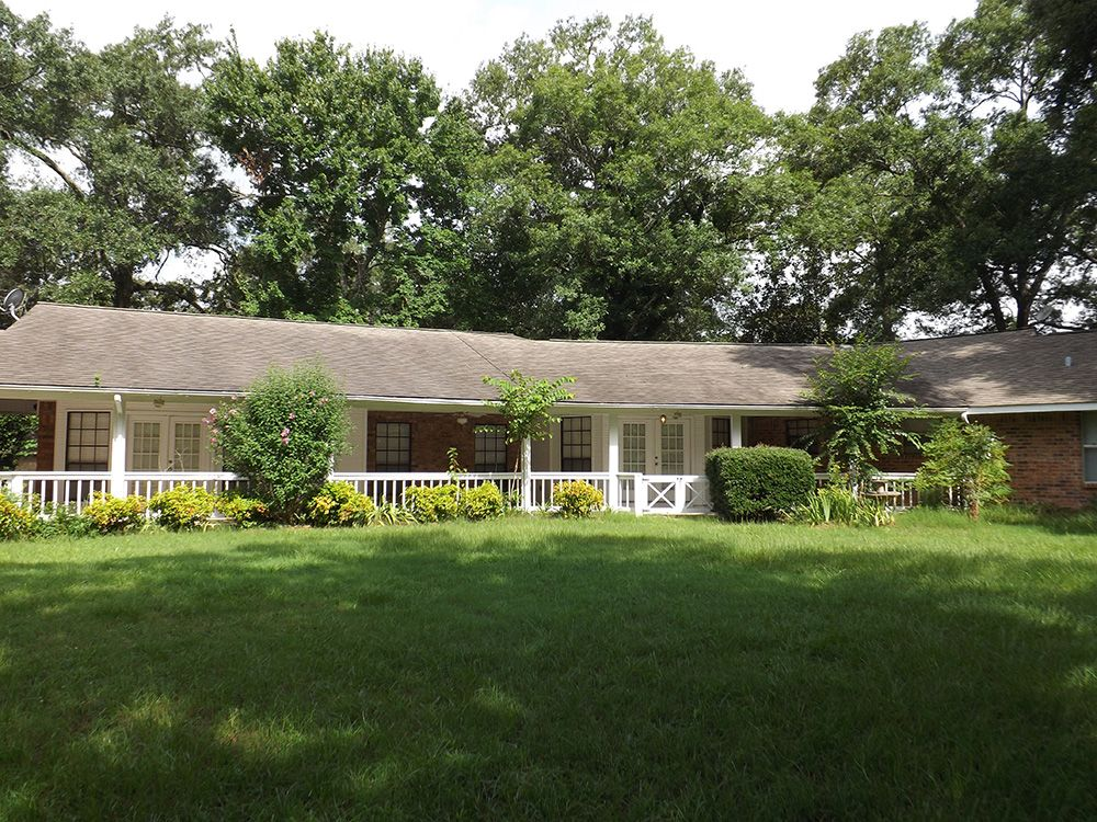 Coldspring Home, TX Real Estate Listing