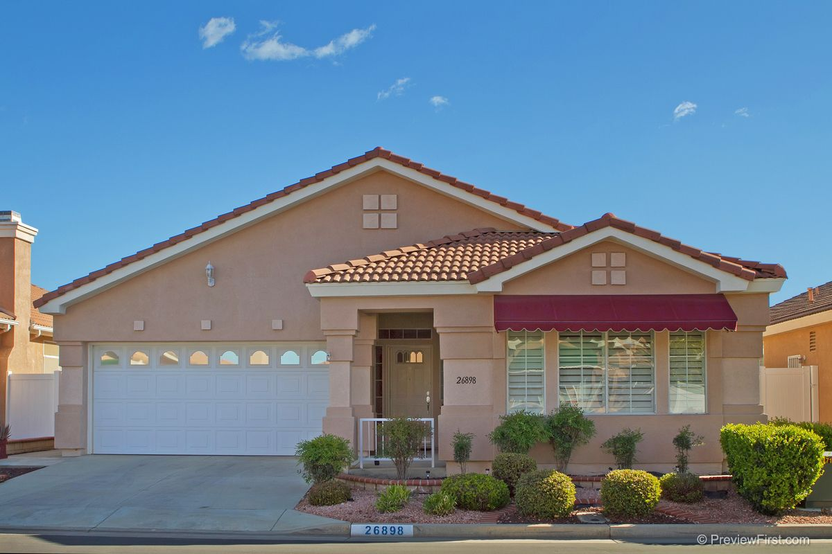 menifee senior singles Orchid at pacific mayfield is a lovely 55+ community in menifee, california this active adult neighborhood of low-maintenance single-family homes is within the master-planned pacific mayfield community.