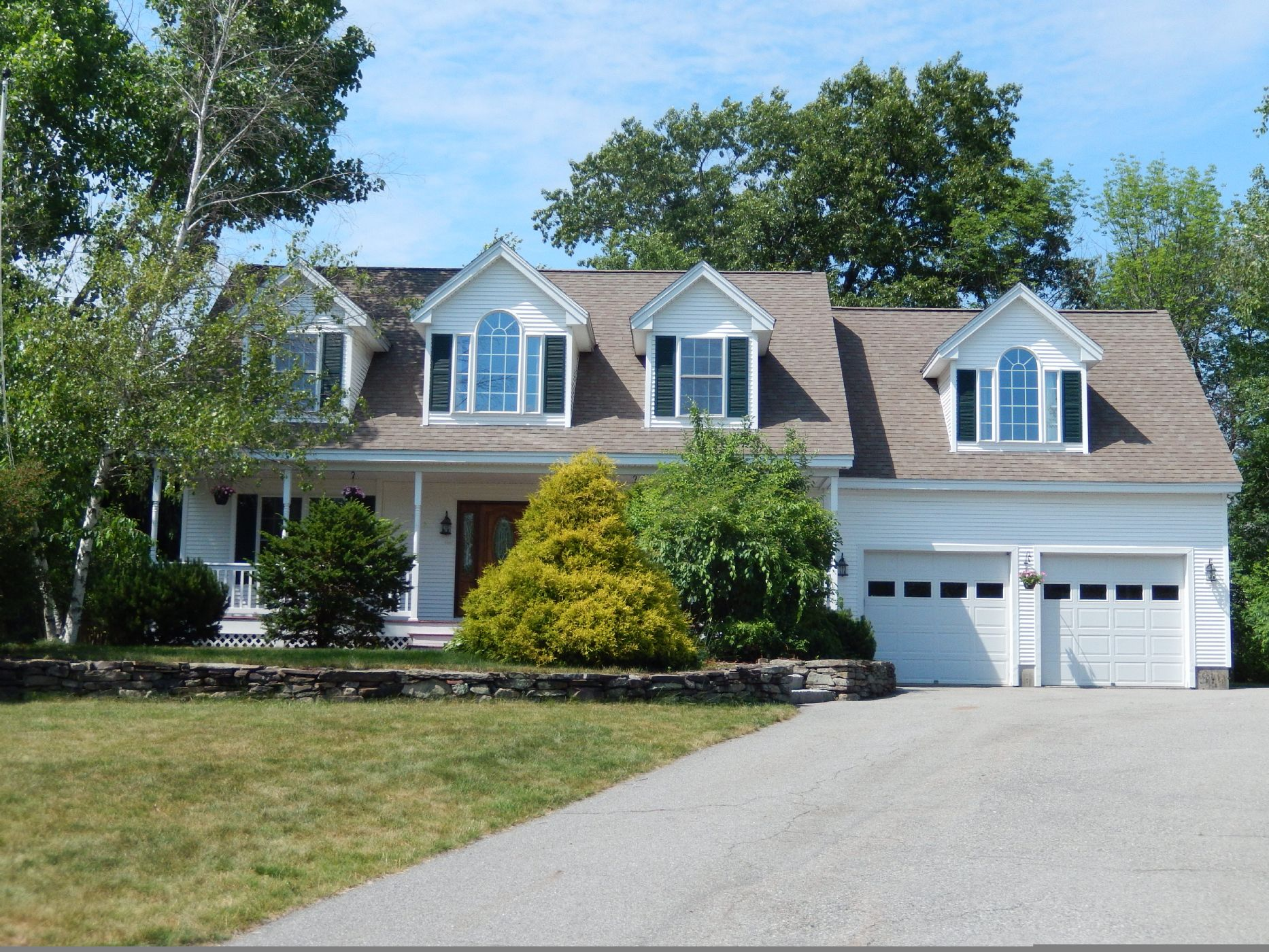 Ayer Home, MA Real Estate Listing