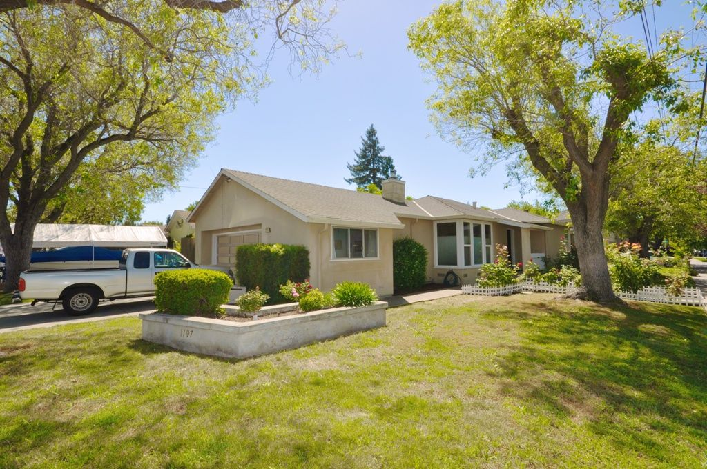 Redwood City Home, CA Real Estate Listing