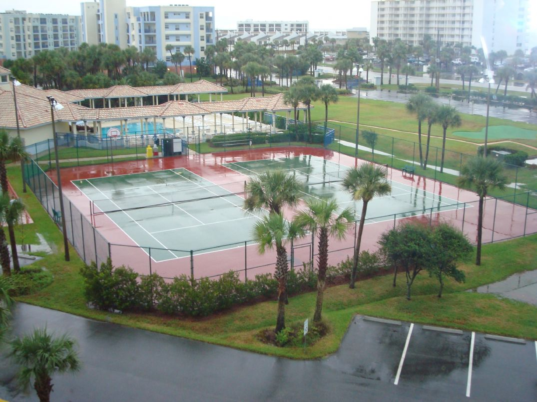 Pool, Tennis Courts