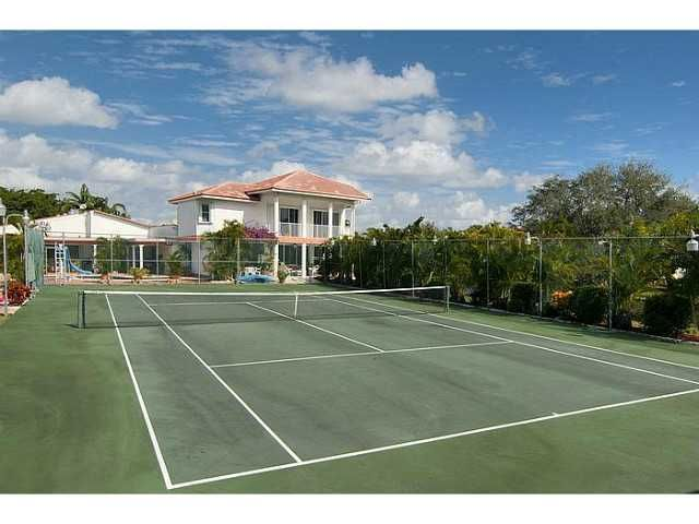 PLANTATION Home, FL Real Estate Listing