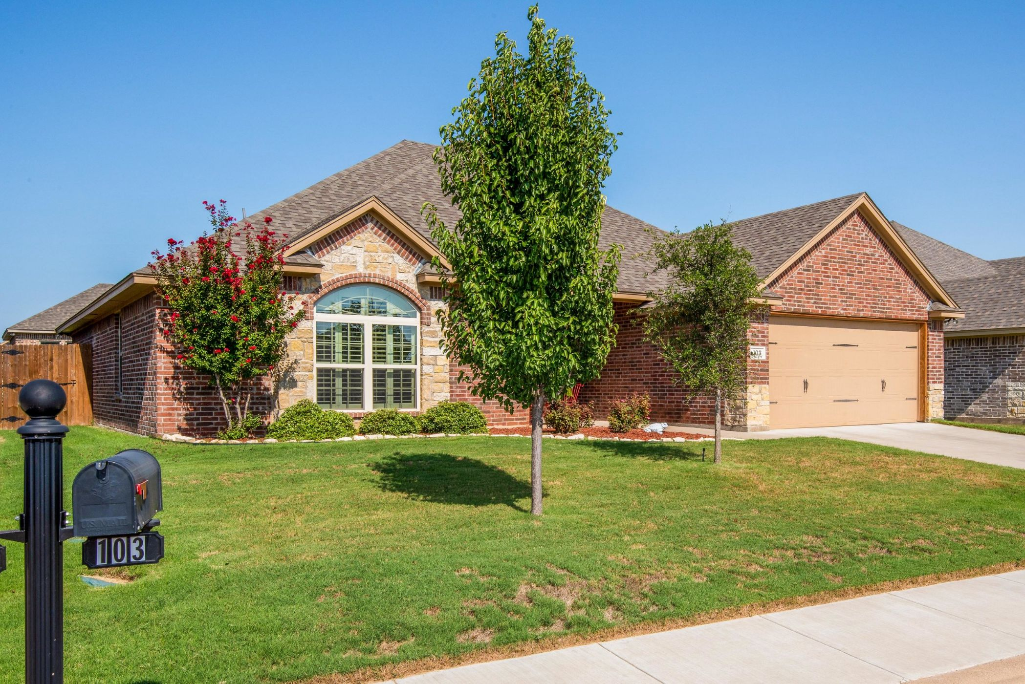 Granbury Home, TX Real Estate Listing