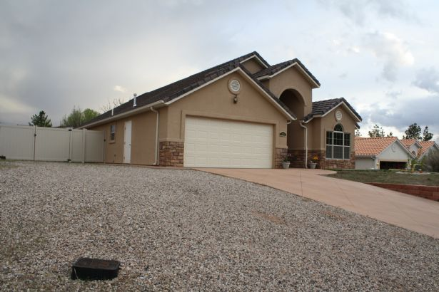 St George Home, UT Real Estate Listing