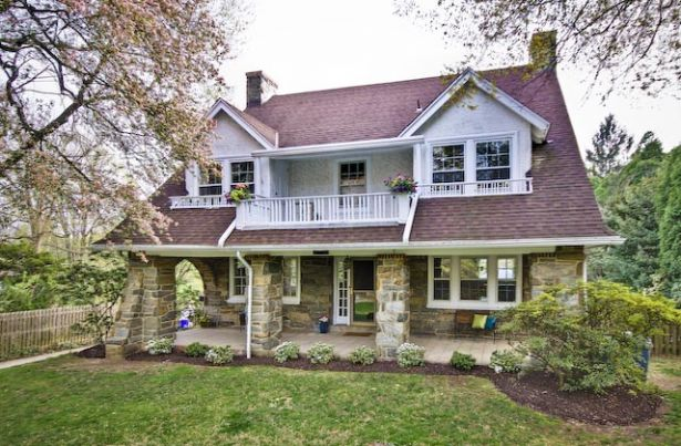 wayne Home, PA Real Estate Listing