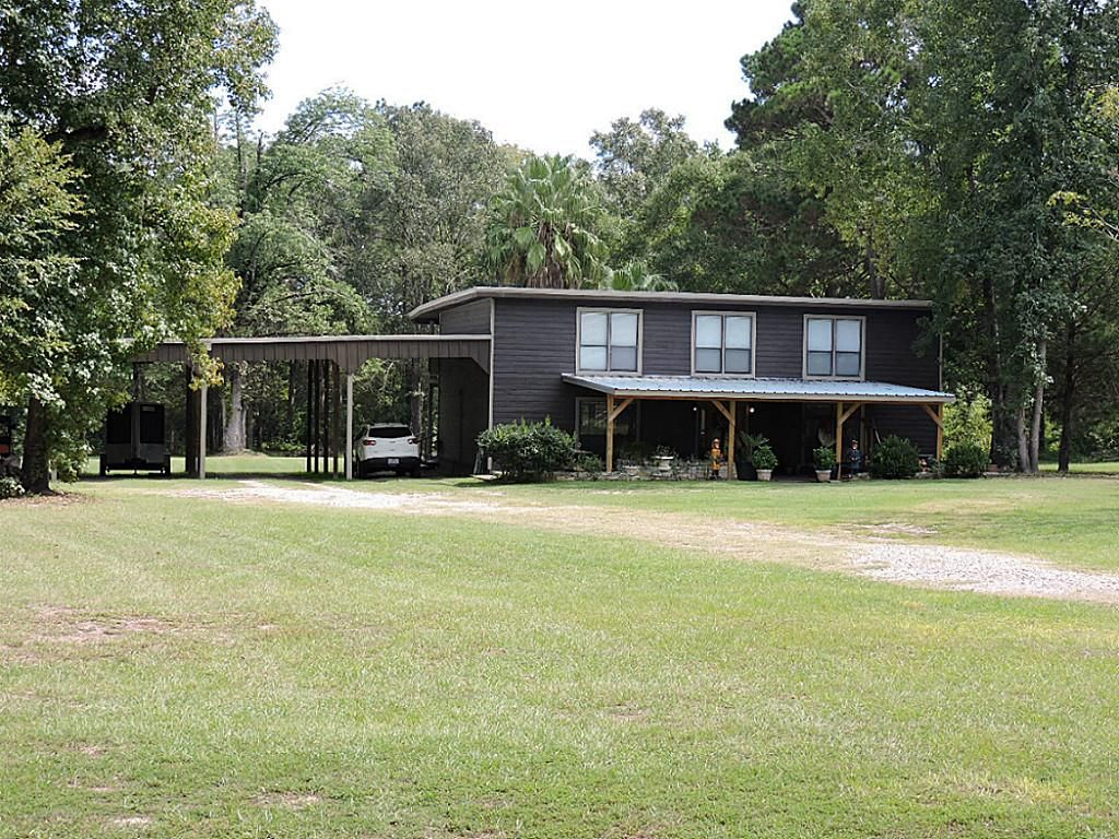 Livingston Home, TX Real Estate Listing