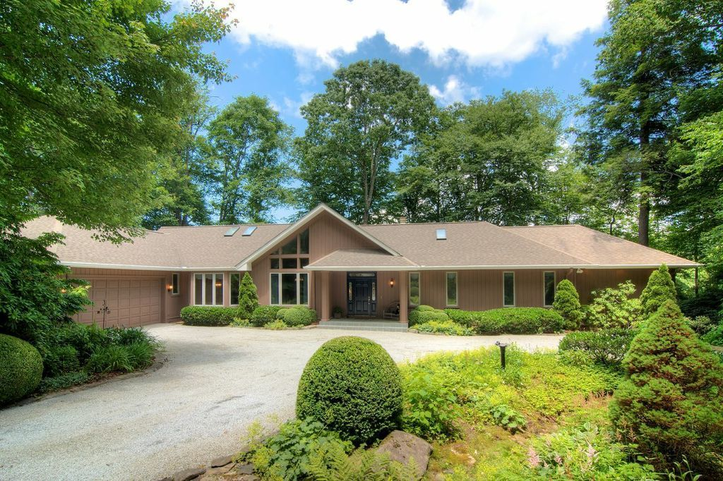 Exclusive Real Estate In Highlands, Cashiers, Lake Glenvile & Sapphire ...