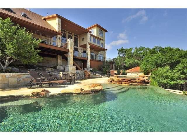 Paradise estate lago vista tx for Porto austin cabin rentals