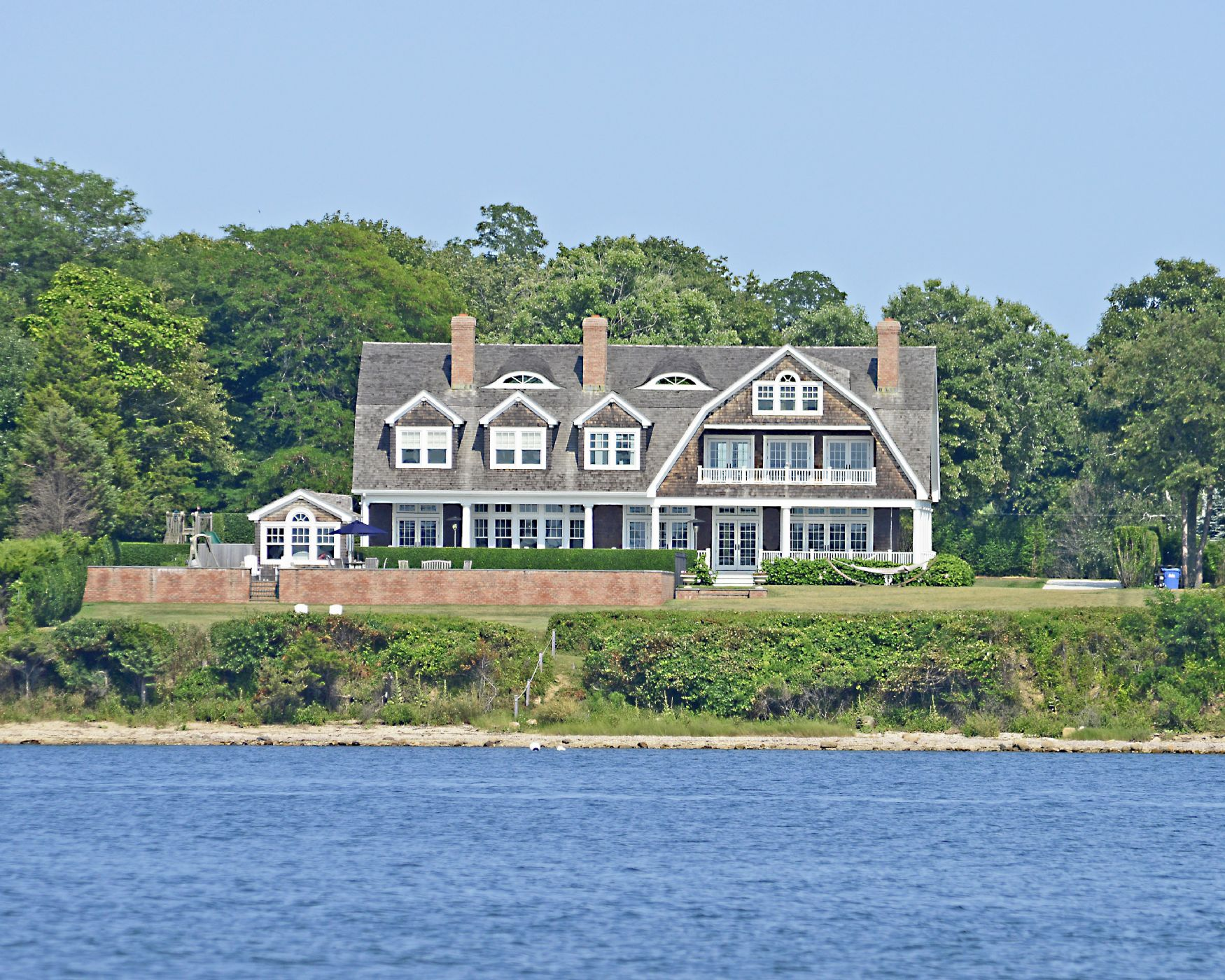 Breathtaking shelter island ny for Shelter island homes for sale