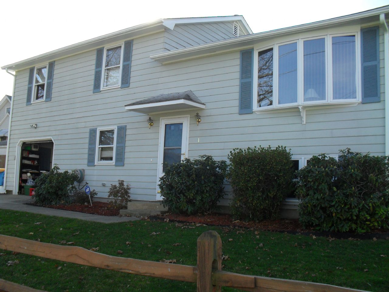 North Providence Home, RI Real Estate Listing