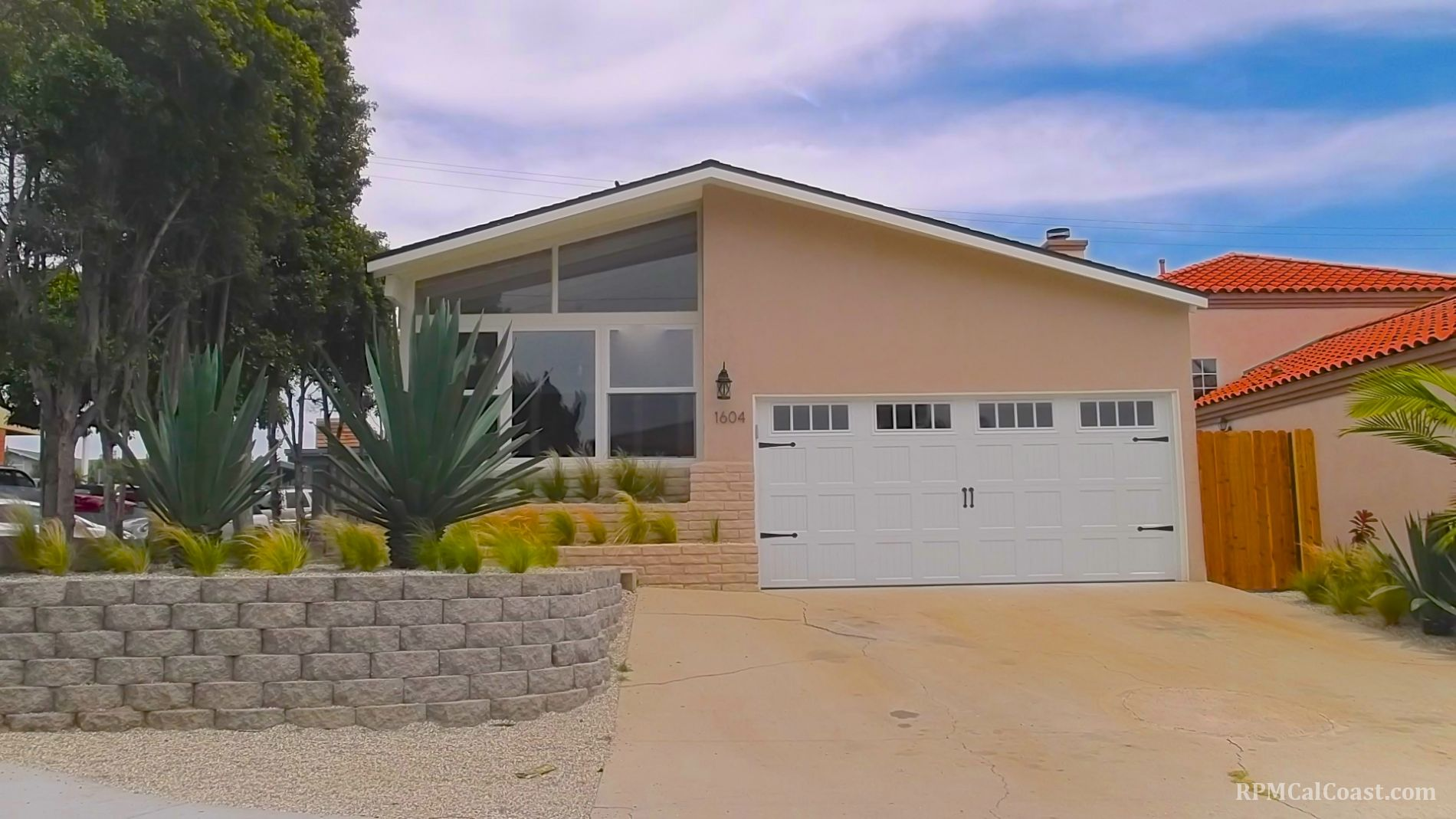 Manhattan Beach Home, CA Real Estate Listing