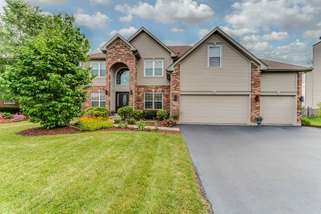 Plainfield Home, IL Real Estate Listing