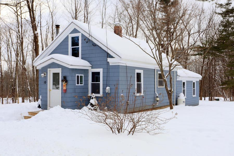 Falmouth Home, ME Real Estate Listing