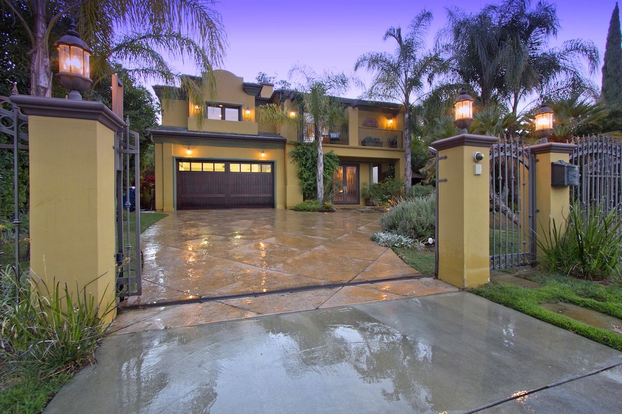 Encino Home, CA Real Estate Listing