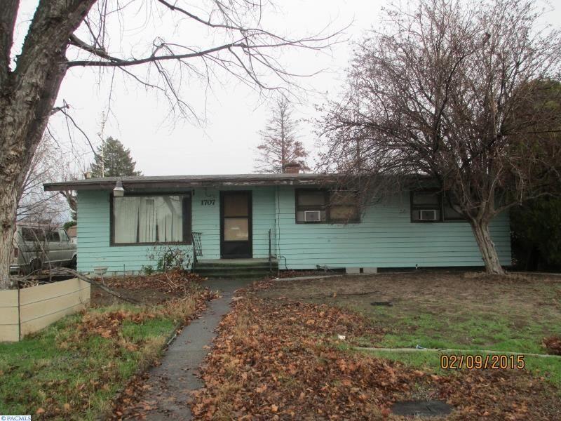 Pasco Home, WA Real Estate Listing