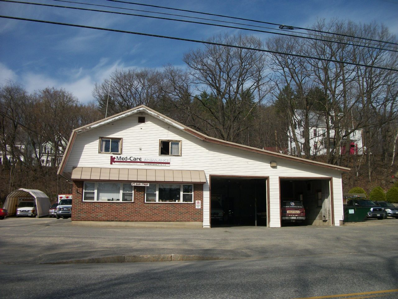 Commercial Building 4 Car Garage 3offices 3 Bedroom Apartment Above 273 Main Street Mexico Me