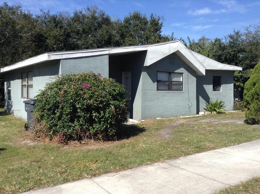Eaton Park Home, FL Real Estate Listing