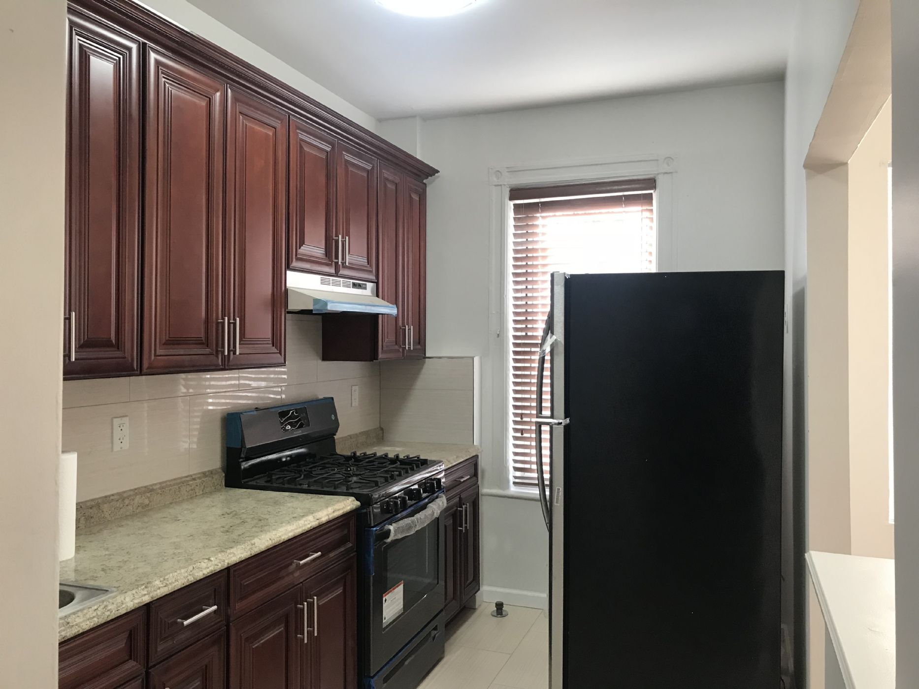 RENOVATED 2 BEDROOMS + OFFICE SPACE IN BORO PARK NEAR MAIMONIDES HOSPITAL