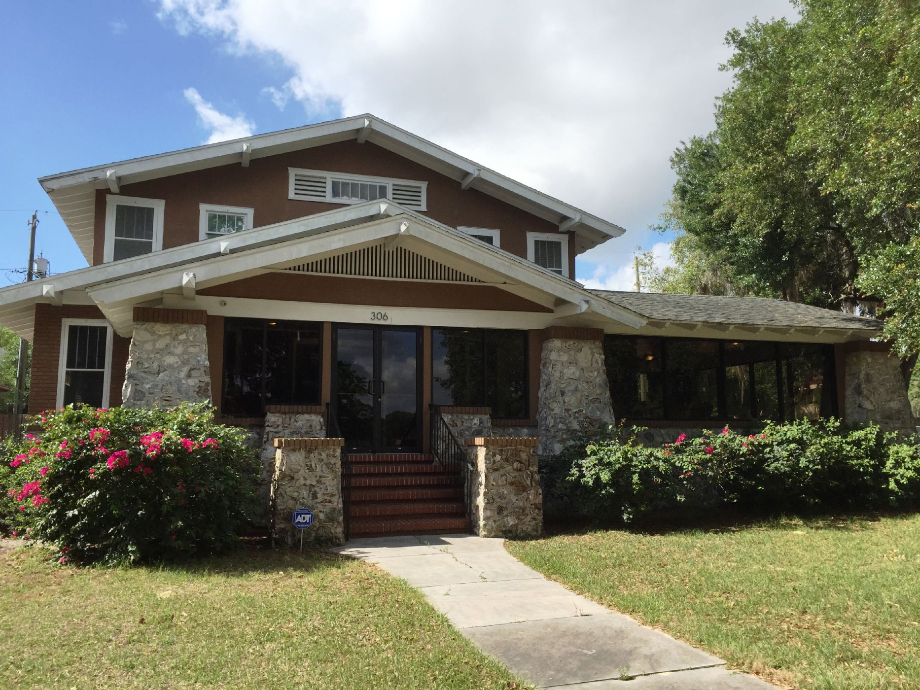 Winter Haven Home, FL Real Estate Listing