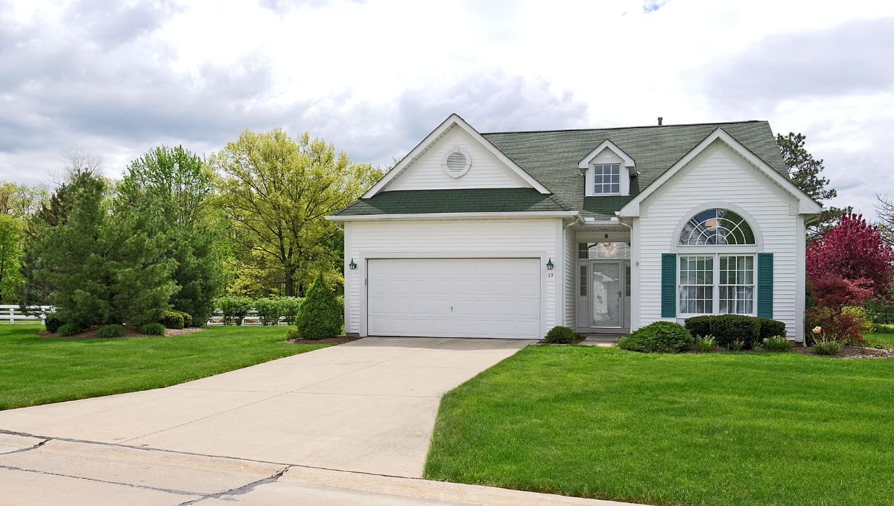 North Olmsted Home, OH Real Estate Listing