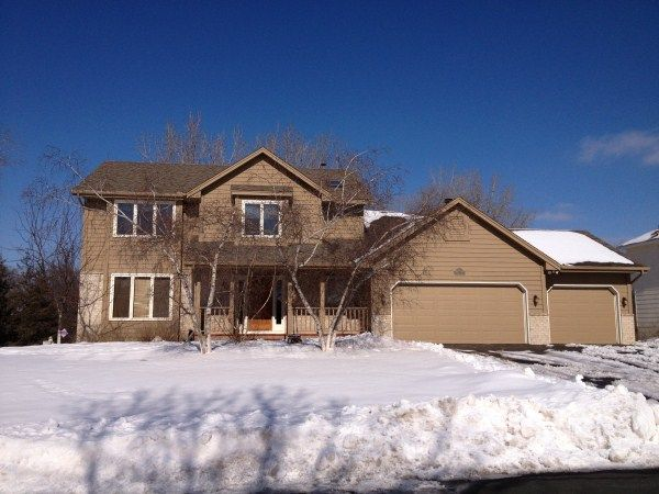 Lakeville Home, MN Real Estate Listing