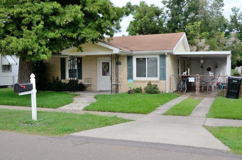 Chalmette Home, LA Real Estate Listing