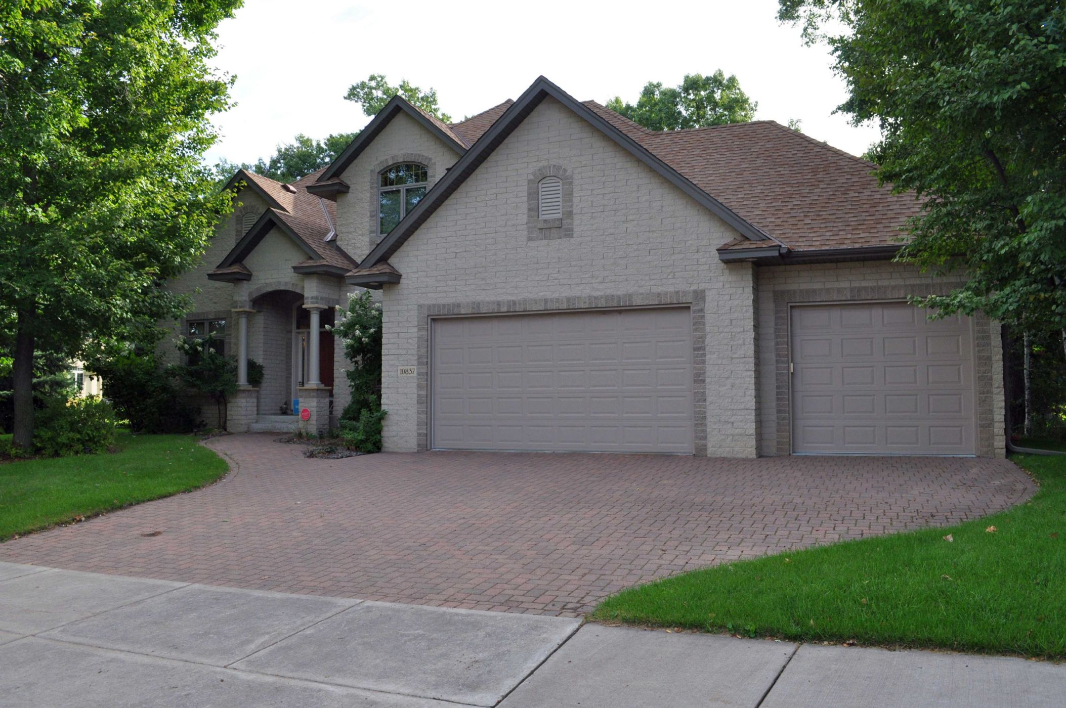 St. Louis Park Home, MN Real Estate Listing