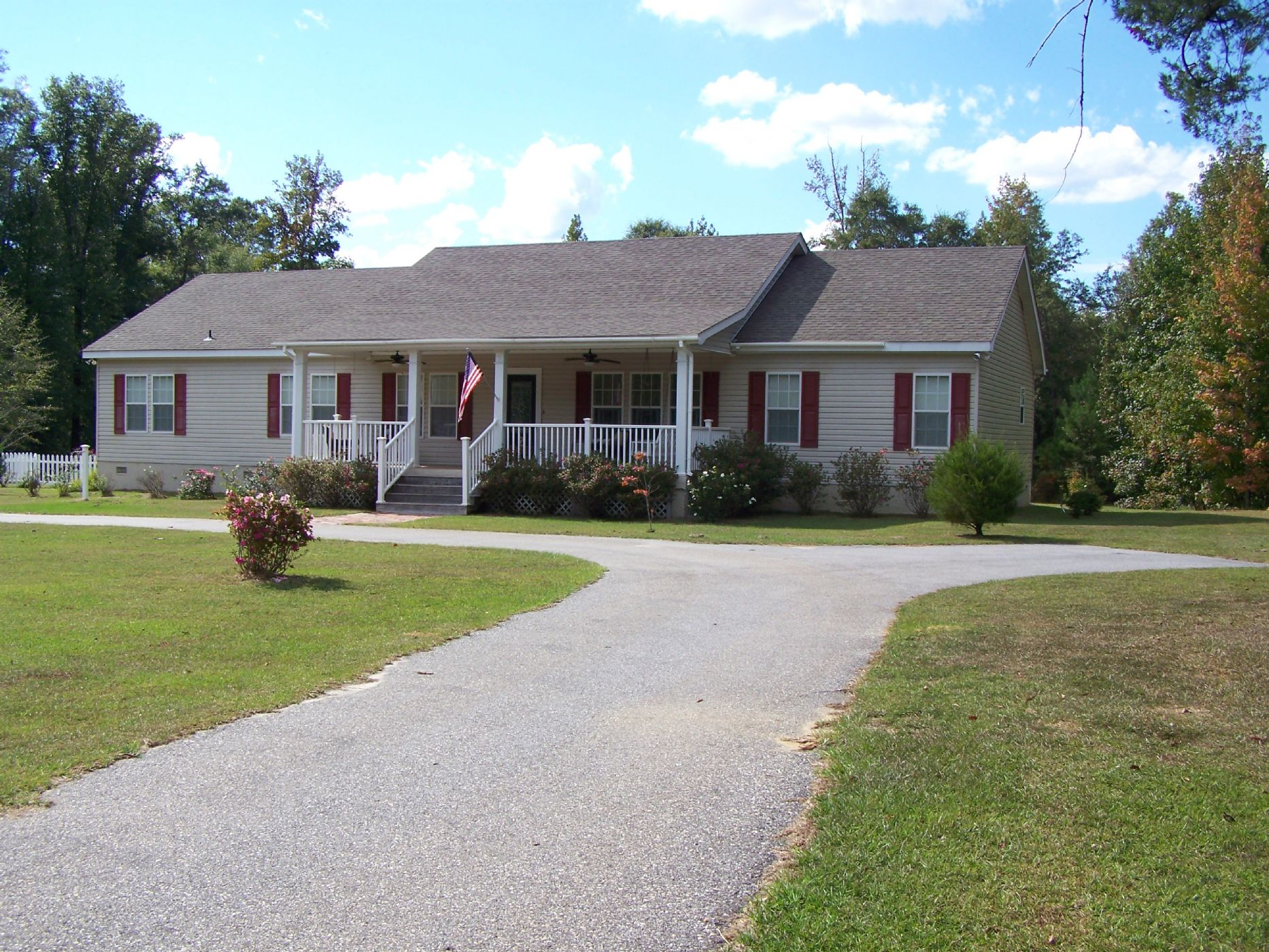 Coffeeville Home, AL Real Estate Listing