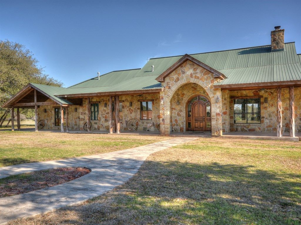 Driftwood Home, TX Real Estate Listing