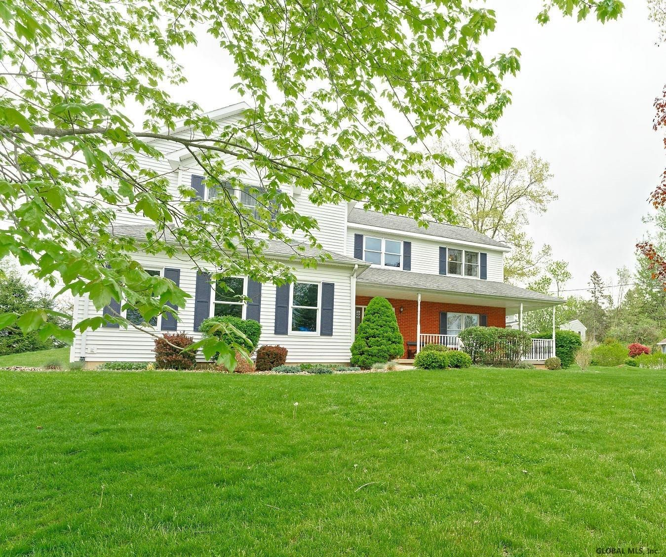 Guilderland Home, NY Real Estate Listing