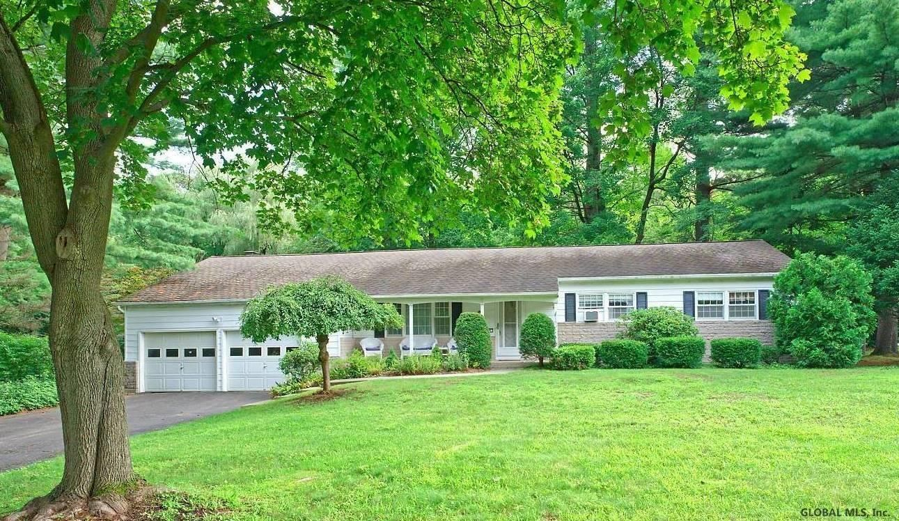 Clifton Park Home, NY Real Estate Listing
