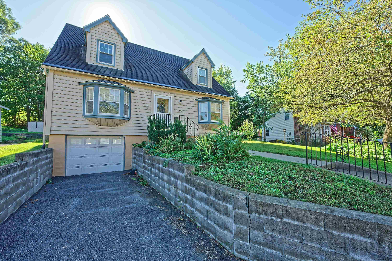 Niskayuna Home, NY Real Estate Listing