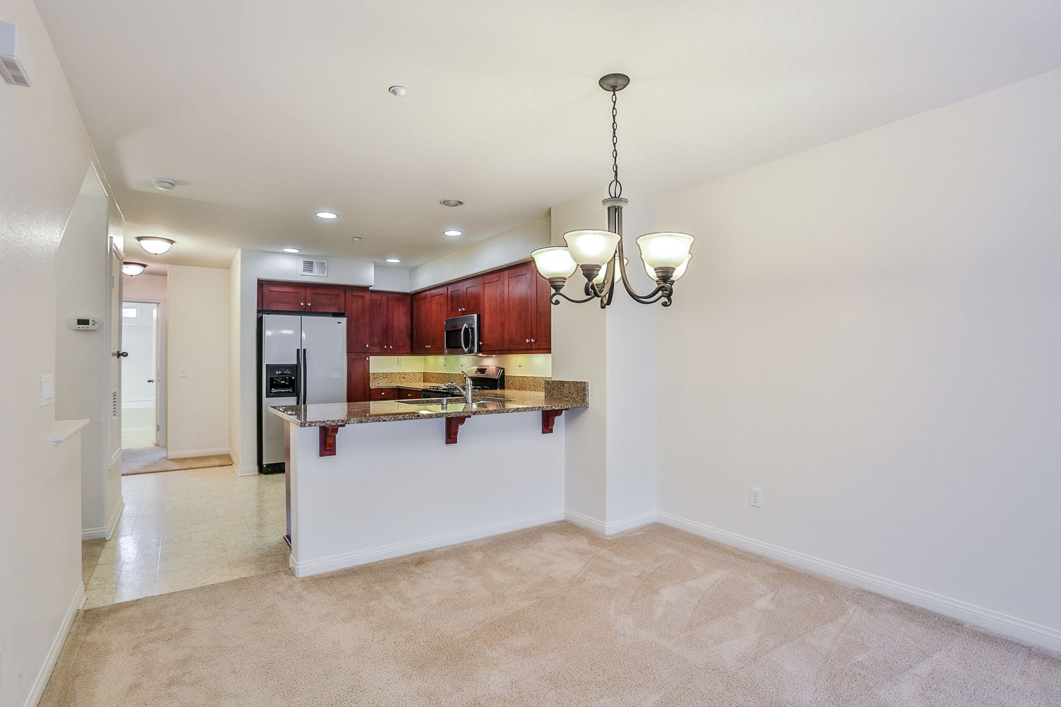 Peaceful, clean and modern living in the heart of Point Loma. - 3542 ...