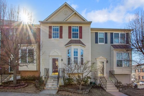 Leesburg Home, VA Real Estate Listing
