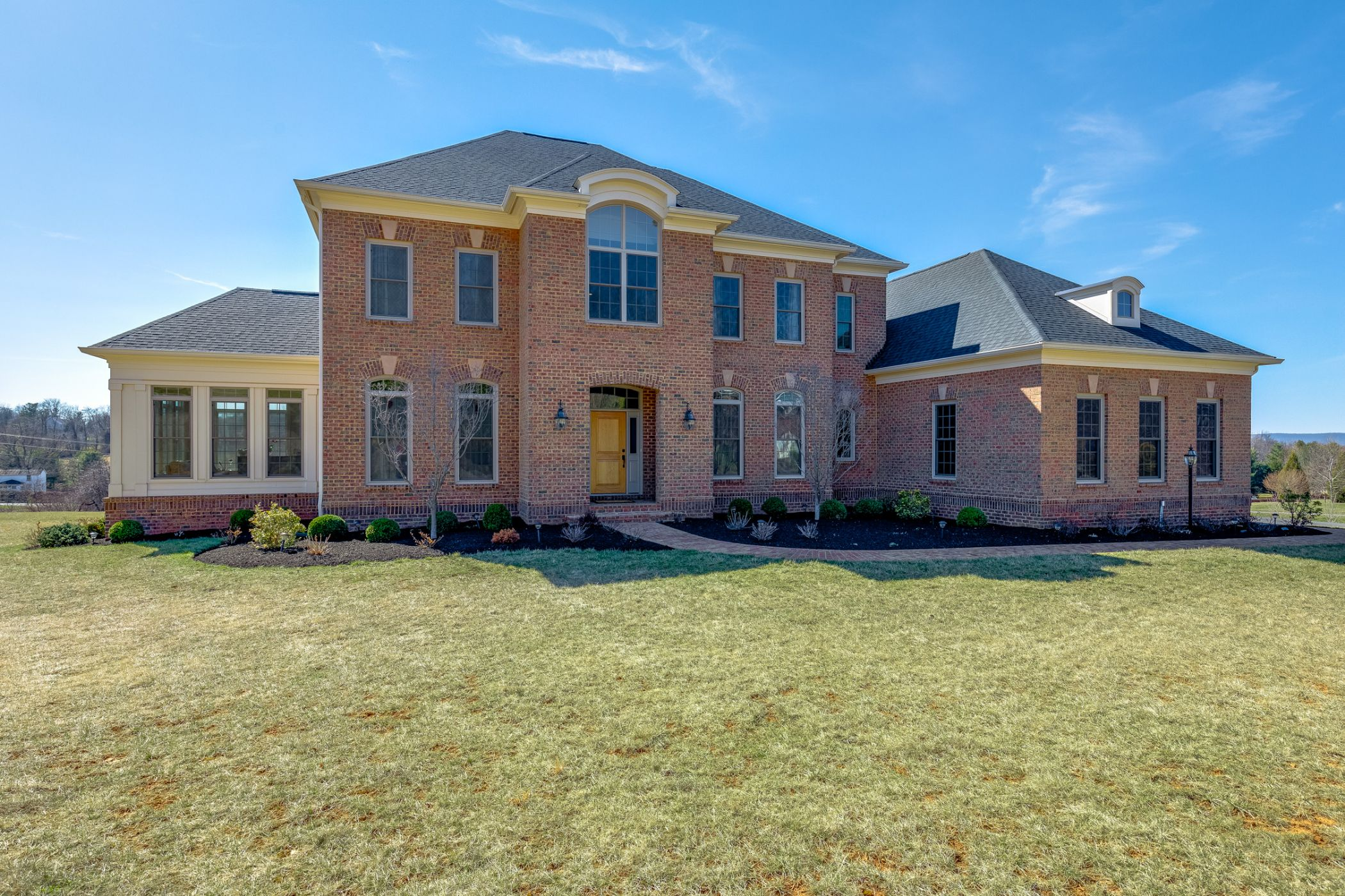Leesburg Home, VA Real Estate Listing