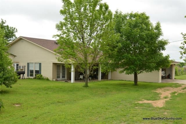 Blooming Grove Home, TX Real Estate Listing