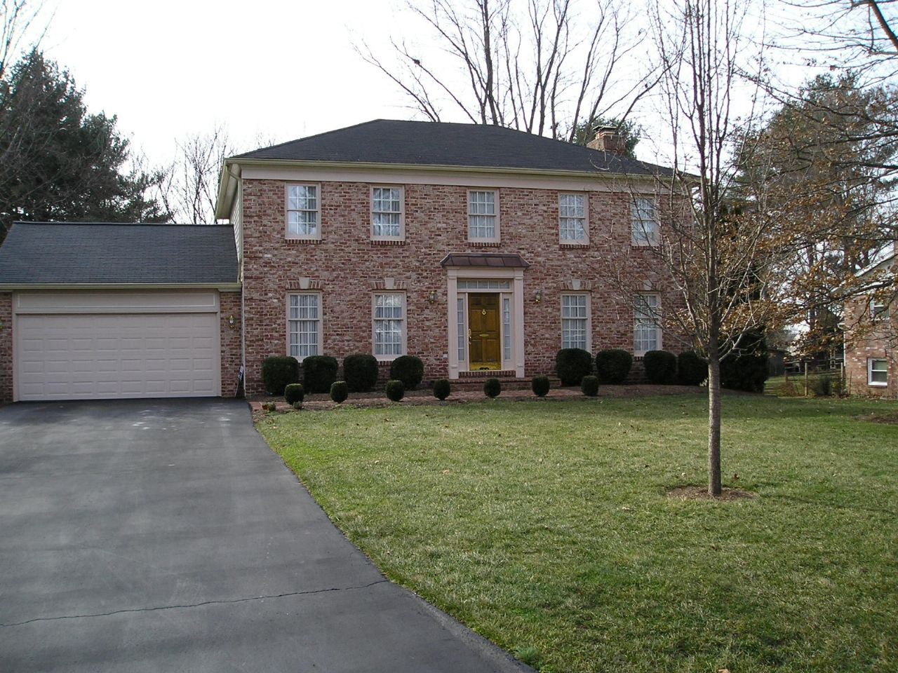 Herndon Home, VA Real Estate Listing