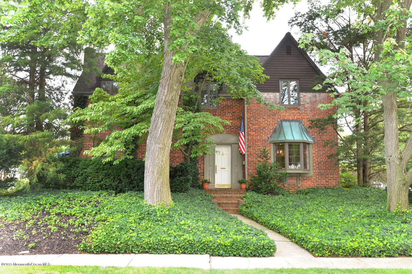 Little Silver Home, NJ Real Estate Listing