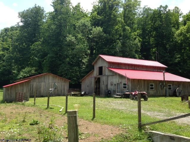 Mannington Home, WV Real Estate Listing