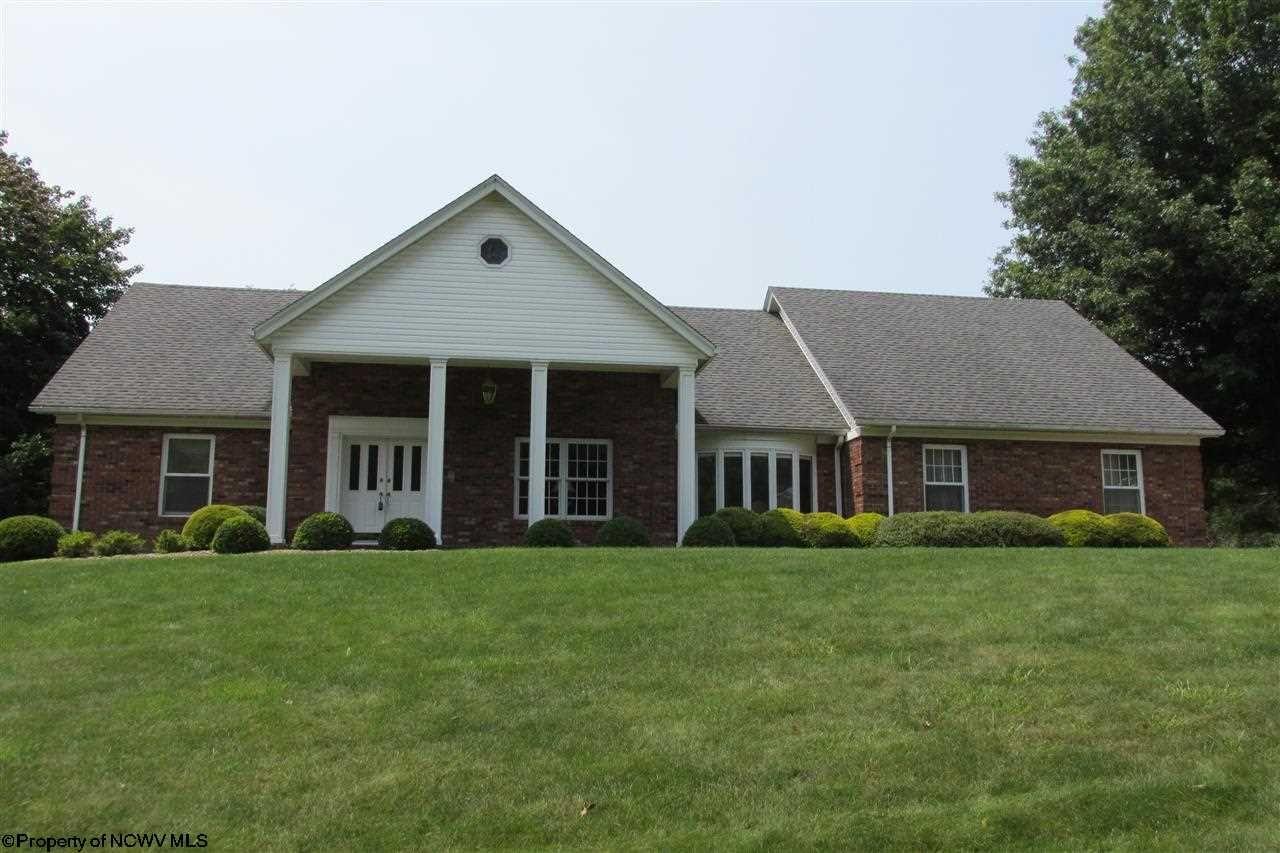 Fairmont Home, WV Real Estate Listing