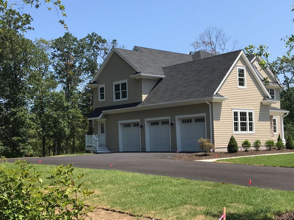 Wall Home, NJ Real Estate Listing