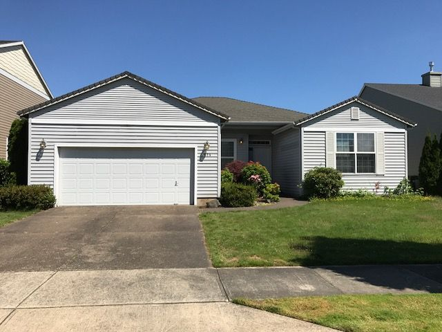 Woodburn Home, OR Real Estate Listing