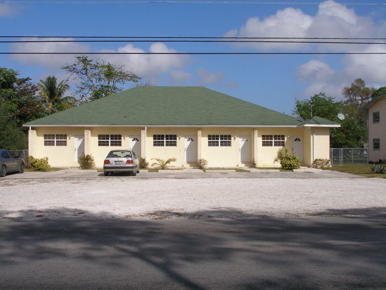 Apartment Building With Five 1 Bedroom Units Polaris Drive Freeport